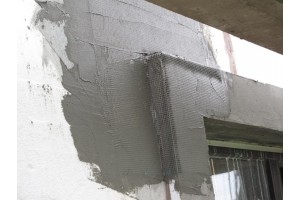 Втапливание фасадной сетки в клей Ceresit CT 85