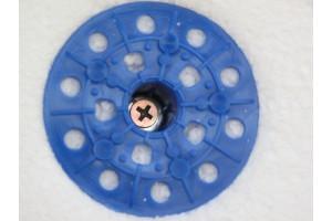 Пенополистирол фиксируются прижимными втулками