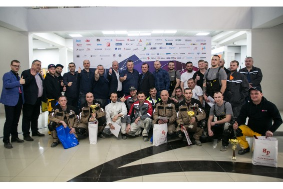 Cудьи и участники Фасадного Чемпионата Building Skin Russia